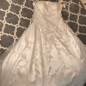 White sequined ballroom gown - NEVER WORN